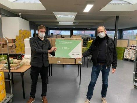 Donatie van €750,- aan de voedselbank Heerenveen
